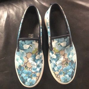 Gucci Blooms pattern